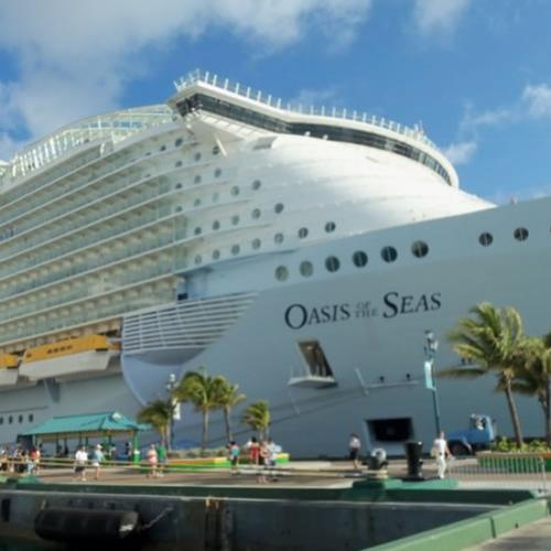 Por dentro do incrível Oasis of the Seas, o maior navio cruzeiro do mu