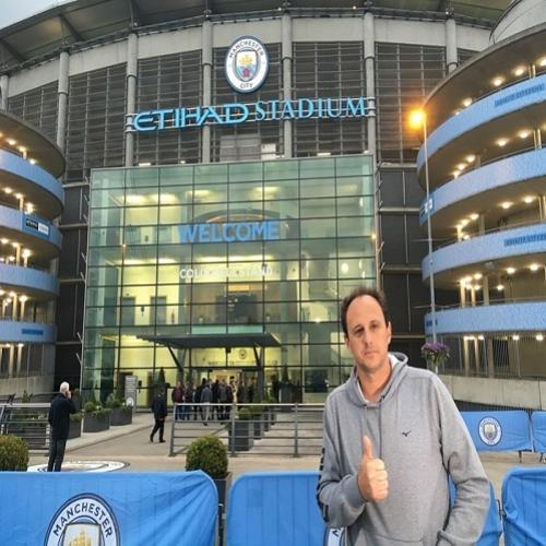Rogério Ceni é destaque no site do Manchester City