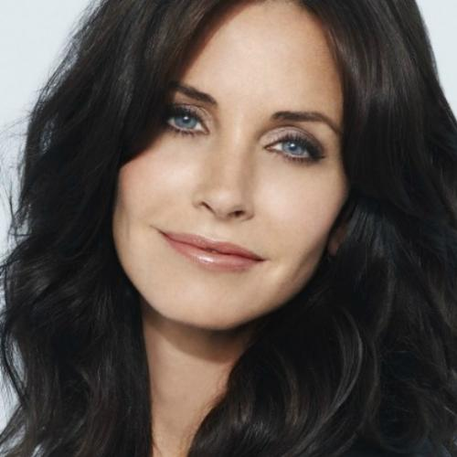 Linda, cinquentona e na moda: Courteney Cox, Monica de Friends